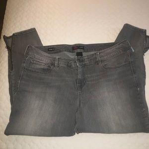 Rebel for Torrid Skinny Crop Gray Jeans Size 20